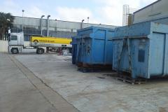 Impianto di stoccaggio rifiuti pericolosi in cassoni scarrabili.